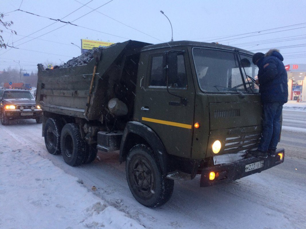 Продажа камаз зил и спецтехника в новосибирске краны грузовики бульдозера экскаваторы спецтехника